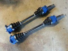 Nissan S15_-_6_bolt_axles